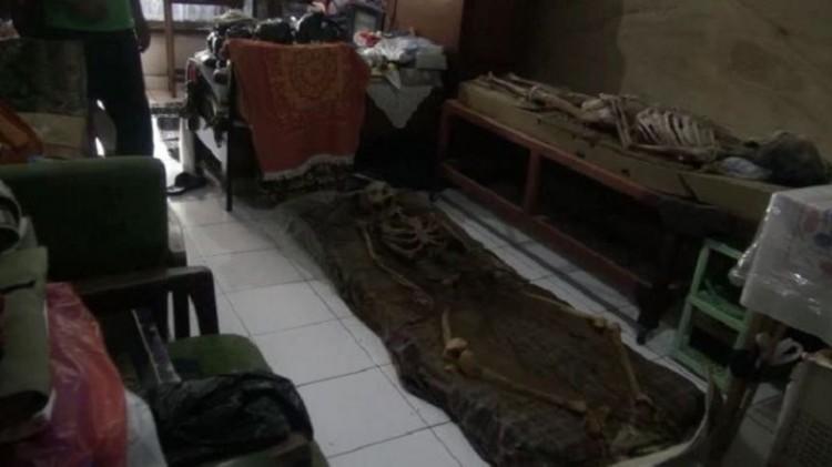 2 kerangka mayat dalam rumah di Cimahi