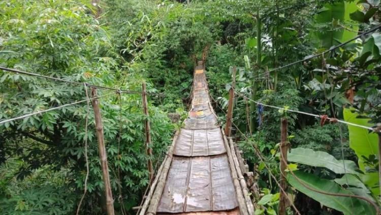 Jembatan gantung Jagakarsa