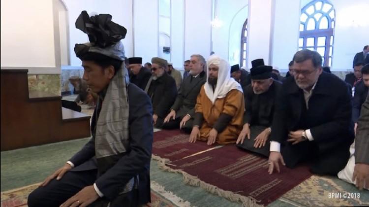 Jokowi jadi imam salat di Afghanistan