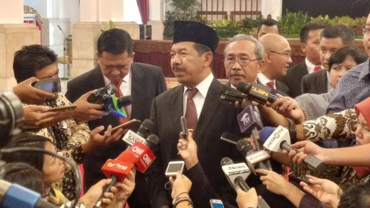 Kepala Badan Siber Djoko Setiadi usai dilantik Jokowi di Istana