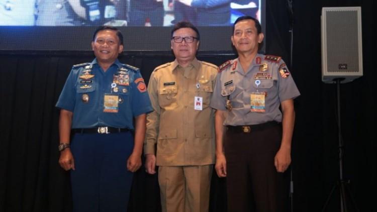 Mendagri Tjahjo Kumolo di Markas Besar TNI, di Cilangkap