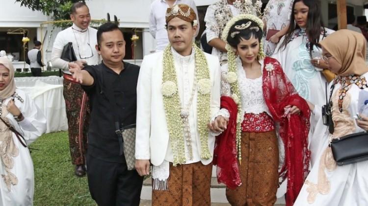 Pernikahan Ardina Rasti dan Arie Dwi Andhika