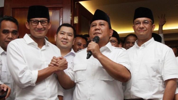 Prabowo saat merayakan kemenangan Anies-Sandi
