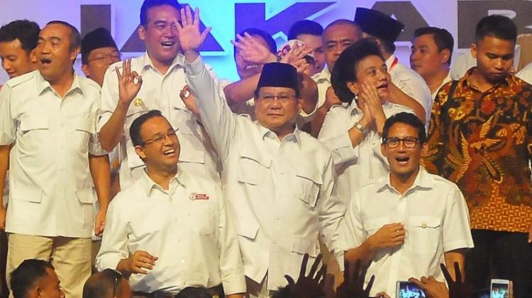 Prabowo Subianto bersama Anies-Sandi