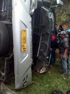 Kecelakaan Bus Maut Tanjakan Emen 3