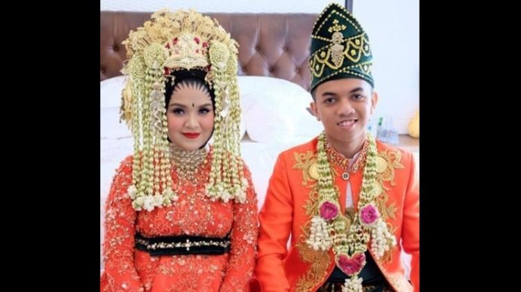 Pernikahan Muhammad Prayudha dengan Nur Zahirah