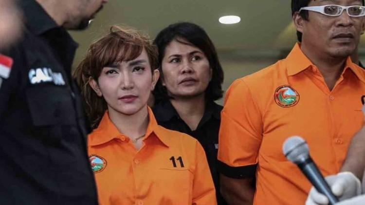Roro Fitria diperkenalkan di Mapolda Metro Jaya