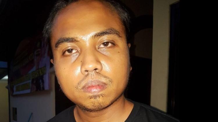 Tampang Angrizal Noviandi, driver taksi online cabul