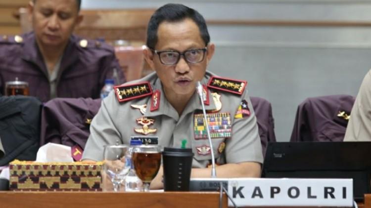 Kapolri Jenderal Tito Karnavian di gedung DPR