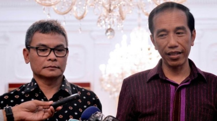 Presiden Jokowi dan Johan Budi